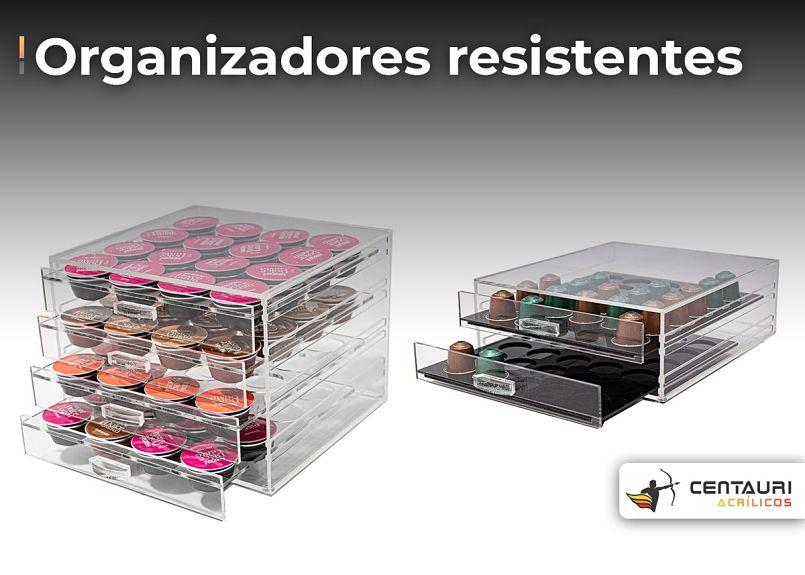 organizador com gavetas de acrílico com capsulas de café