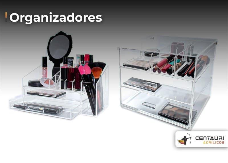 Dois modelos de organizadores de maquiagem para colocar sobre a mesa