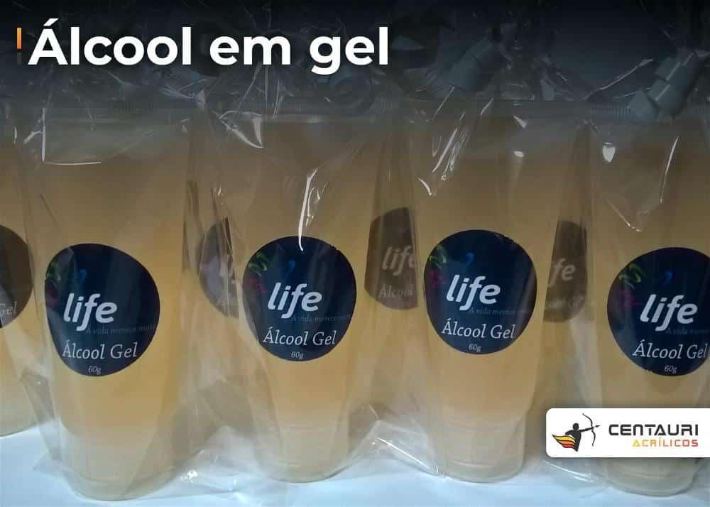 muitas bisnagas de álcool gel de 60g