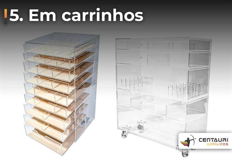 Dois carrinhos de acrílicos que podem ser utilizados para organizar bolsas
