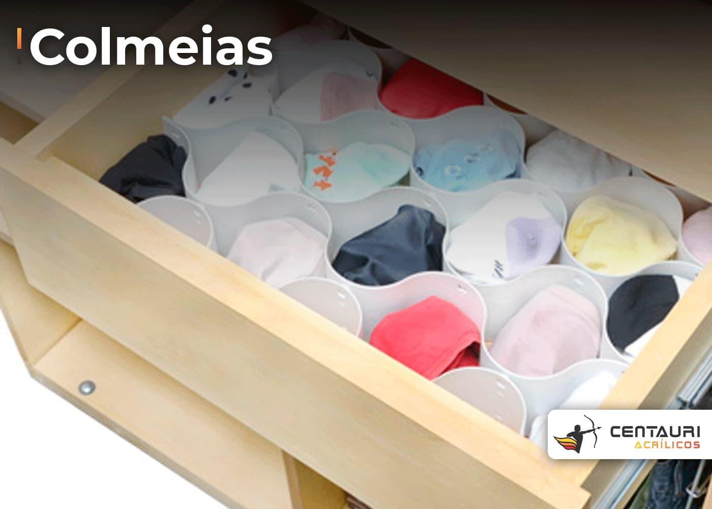 colmeia organizadora de gavetas com roupas infantis