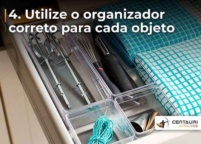 organizador de gaveta com utensílios de cozinha